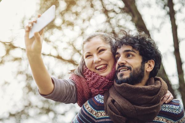 Comment trouver de bons avis sur les sites de rencontres ?
